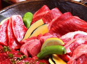 炙り旬のおすすめ料理 焼肉食べ放題コース2時間[飲放]付 牛カルビや牛ロース、など40品以上が食べ放題!